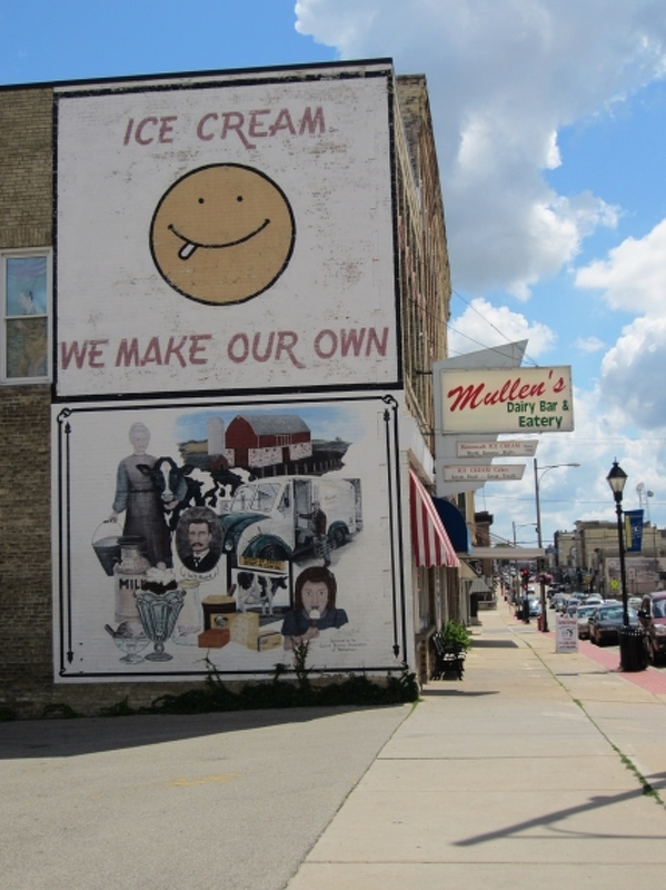Mural on Mullen's Dairy Building